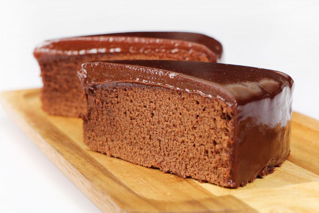 Ciasto czekoladowe - propozycja podania